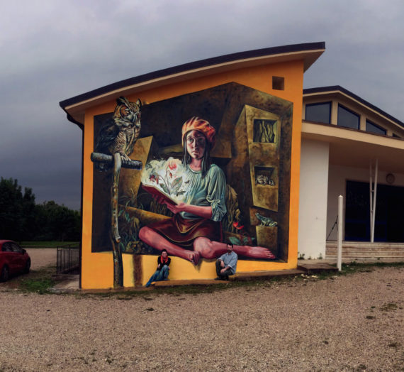 The intuition of light, another wall in Italy, painted in the storm
