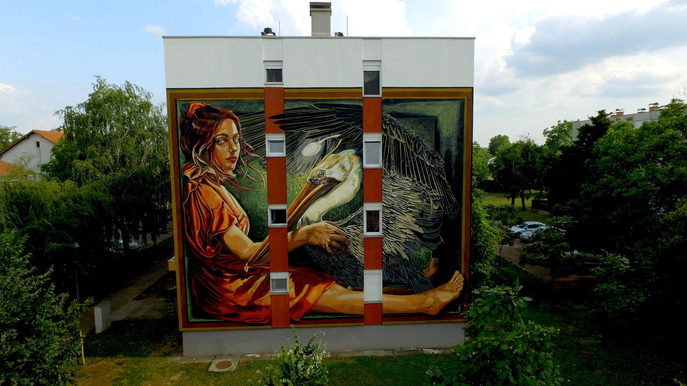 verabugatti streetart murals walls arteurbana illusioniottiche 3Dstreetart croazia murales pellicano sacrifice cristo
