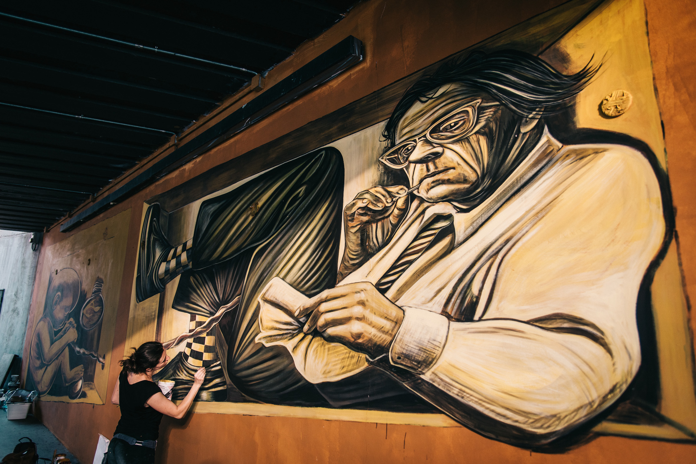 verabugatti streetart murals walls arteurbana illusioniottiche 3Dstreetart anamorfosi arte3D siamodipassaggio feto toscana circoloarcibluetrain